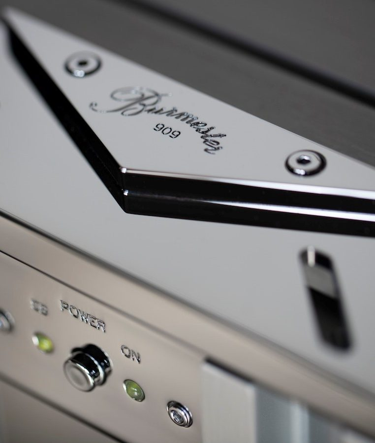 Burmester-911-Power-Amplifier-copy (3)